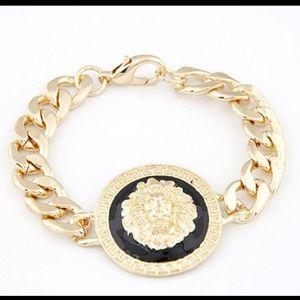 Jewelry - Gold Lion Chain Bracelet